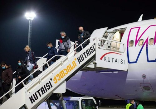 ქუთაისის განახლებული საერთაშორისო აეროპორტი სამთვიანი პაუზის შემდეგ გაიხსნა